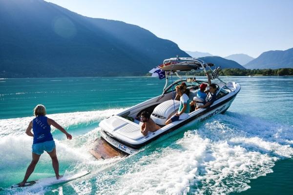 wakeboard_wakesurf_lac_annecy